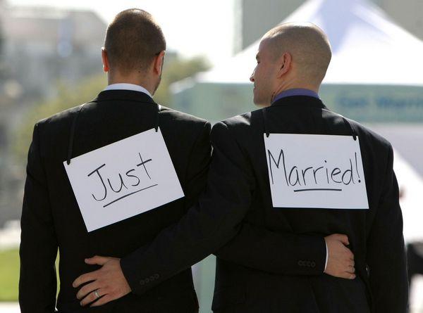 Las bodas entre personas del mismo sexo son cada vez mas aceptables en EEUU